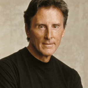 Oct. 12 Show: Gary Null, the 'Ralph Nader' of Health